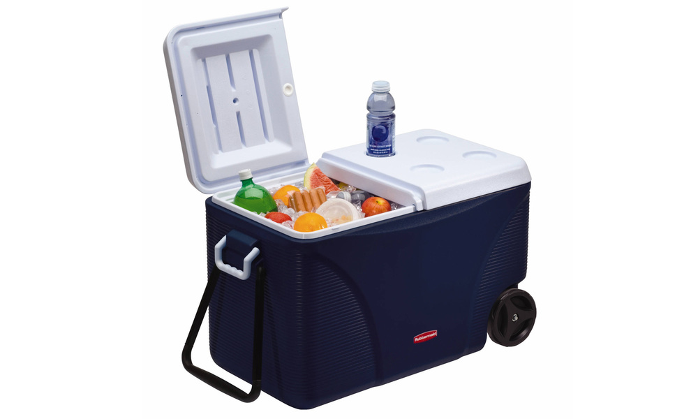 Rubbermaid 71l wheeled ice chest   web1