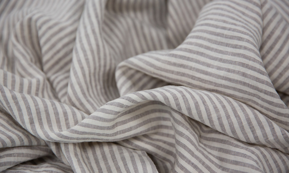 Grey stripe   linen duvet   web4