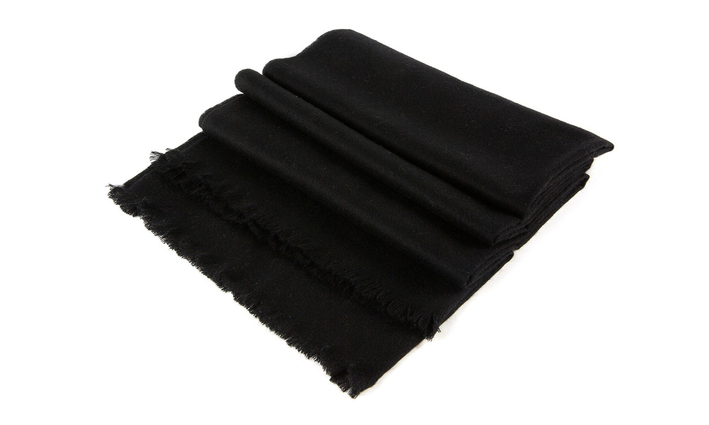 Black   cashmere scarf   web1