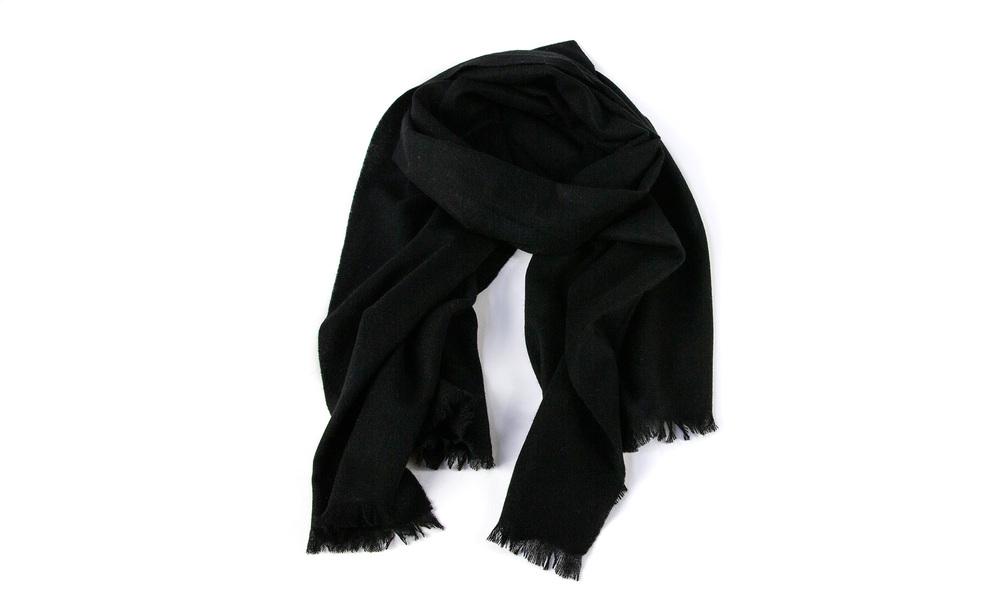 Black   cashmere scarf   web4