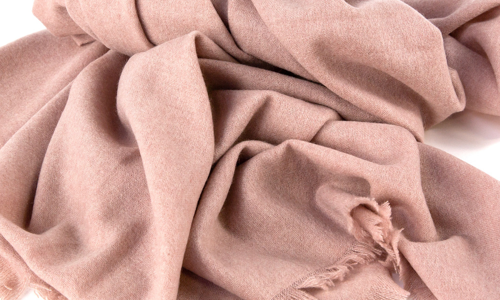 Pink   cashmere scarf   web2