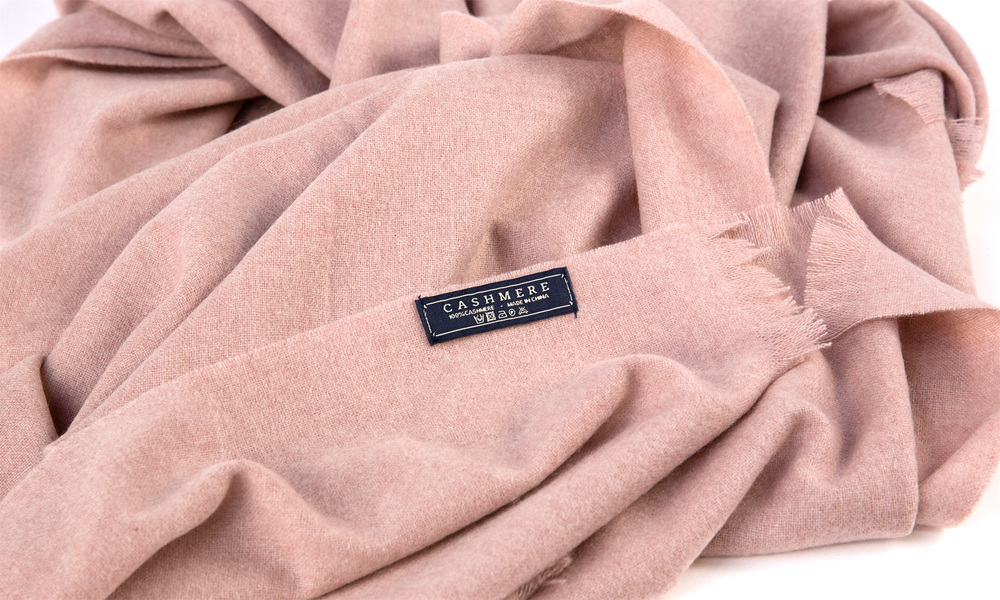 Pink   cashmere scarf   web3