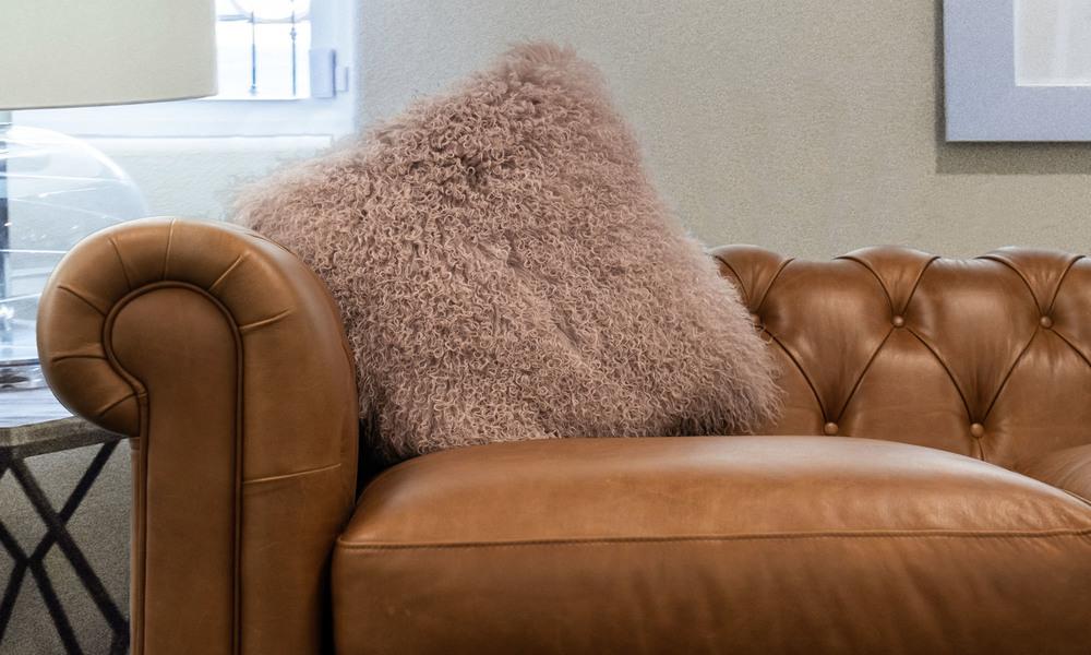 Pink   tibetan sheepskin cushion   1320  web1