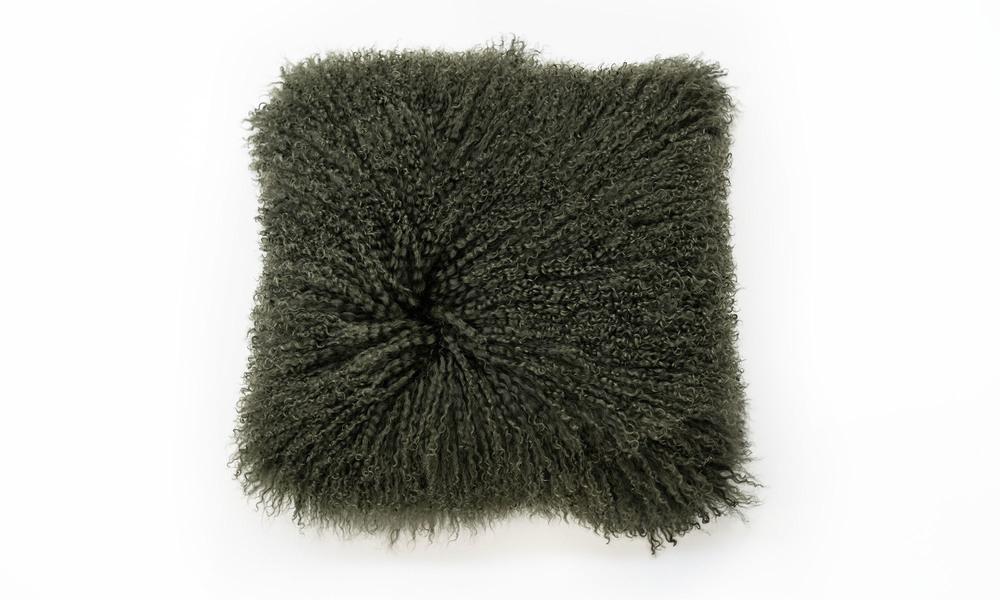 Tibetan sheepskin cushions clearcuts   1320  web4