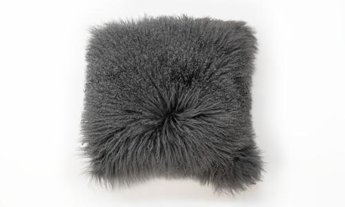 Tibetan sheepskin cushions clearcuts   1320  web3