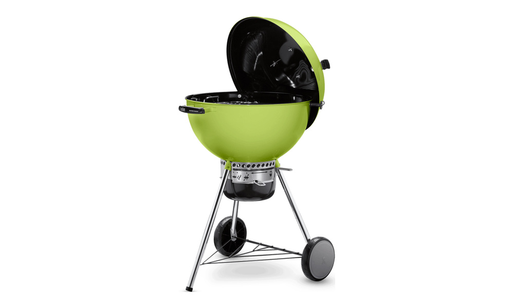 Spring green   weber master touch charcoal grill   web1
