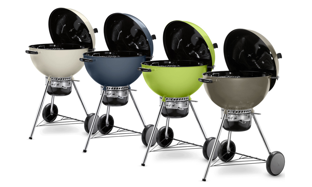 Weber master touch charcoal grill   web1 %281%29