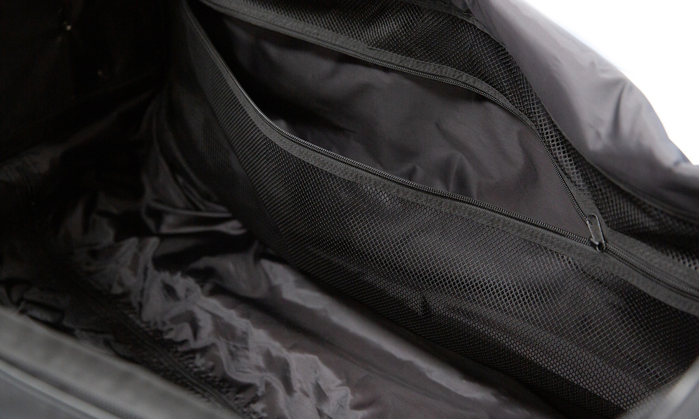Rolling travel bag   web7