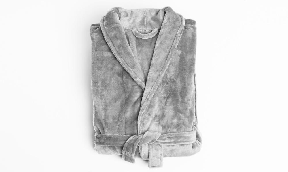 Sheraton luxury bathrobe   web1 %281%29