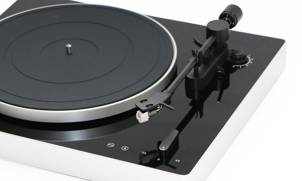 Phonograph turntable   web4