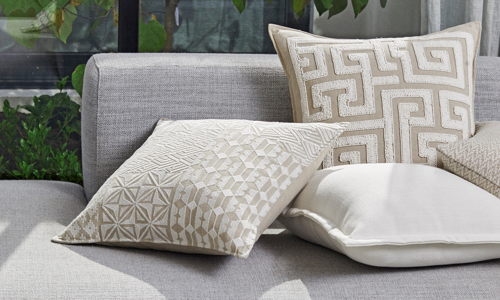 Rodas embroidered cushion   web3