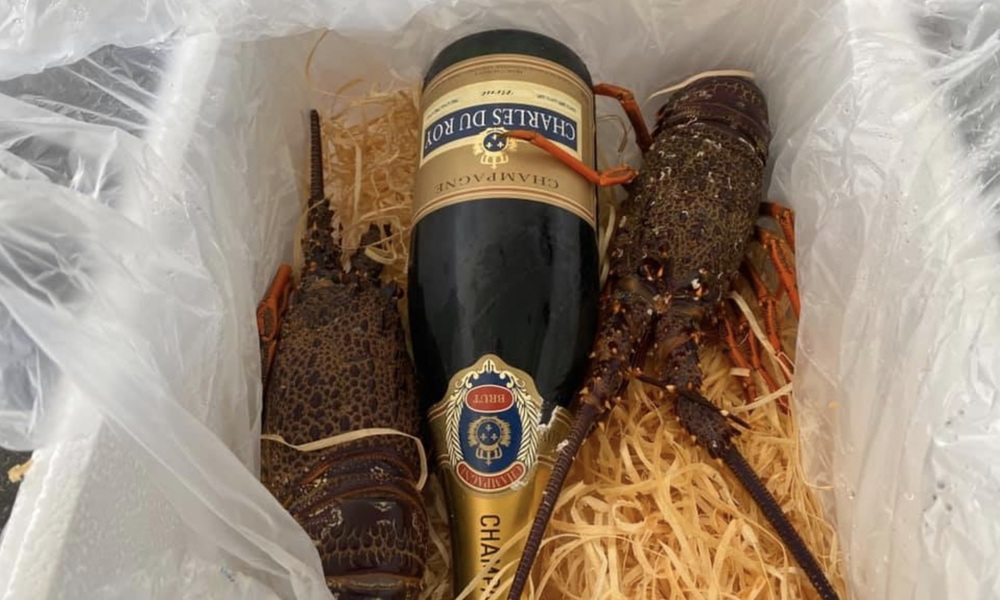 Cray and champagne customer photo