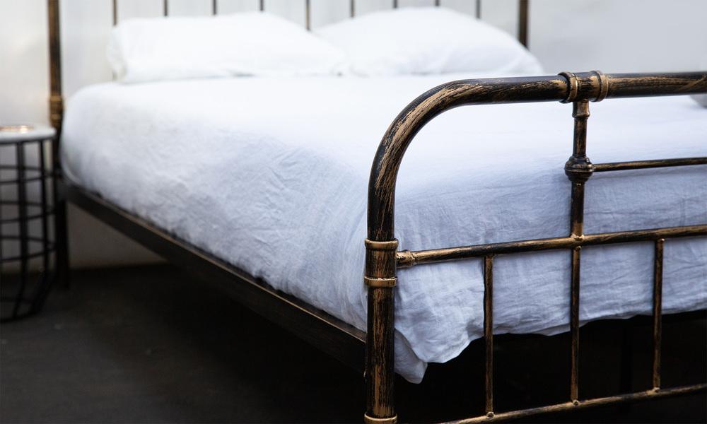 Deco bed frame   web3