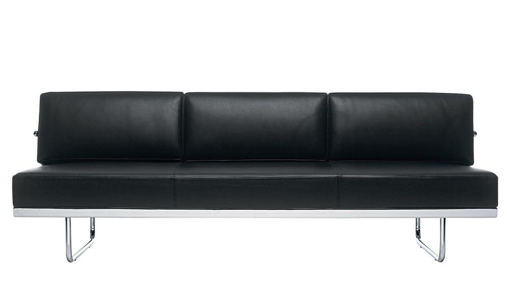 Replica le corbusier lc5 leather sofa   black 570   web1