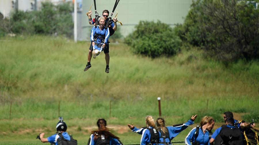 Skydiving The Bachelor Australia 2017