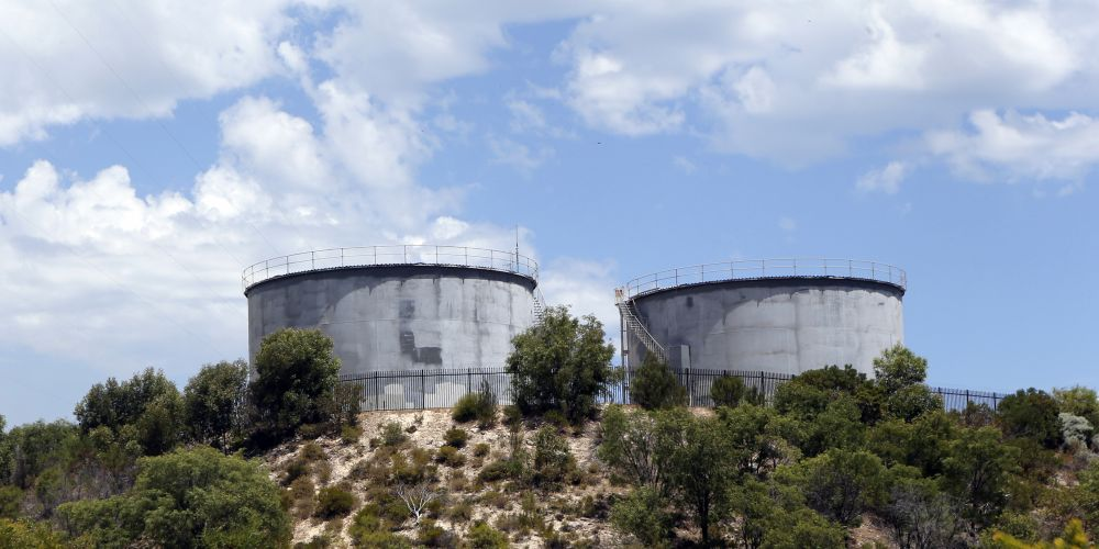 It could cost up to $350,000 to paint Yanchep's water tanks. d432411
