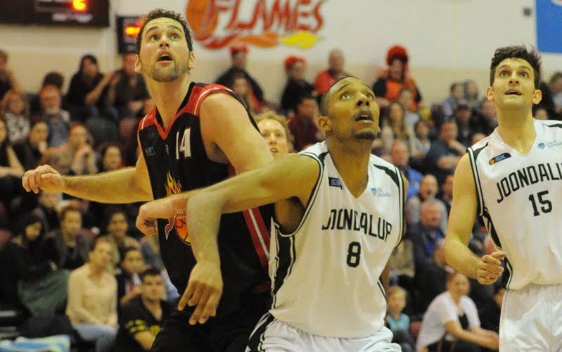 The Flames taking on Joondalup last season. Picture: Mick Cronin