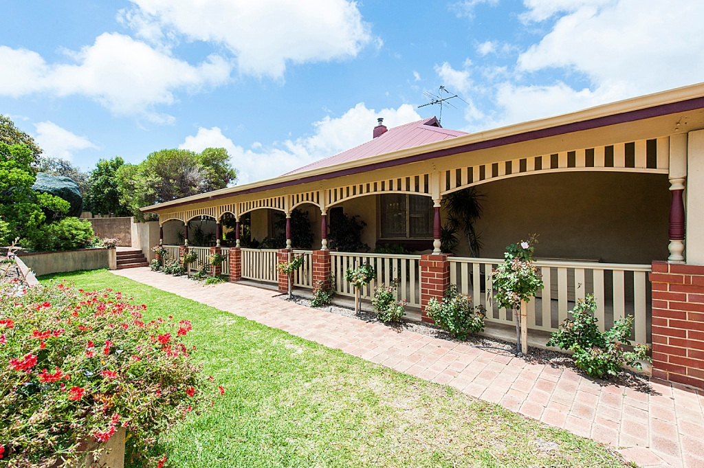 Halls Head, 31 Hill Street – From $1.15 million