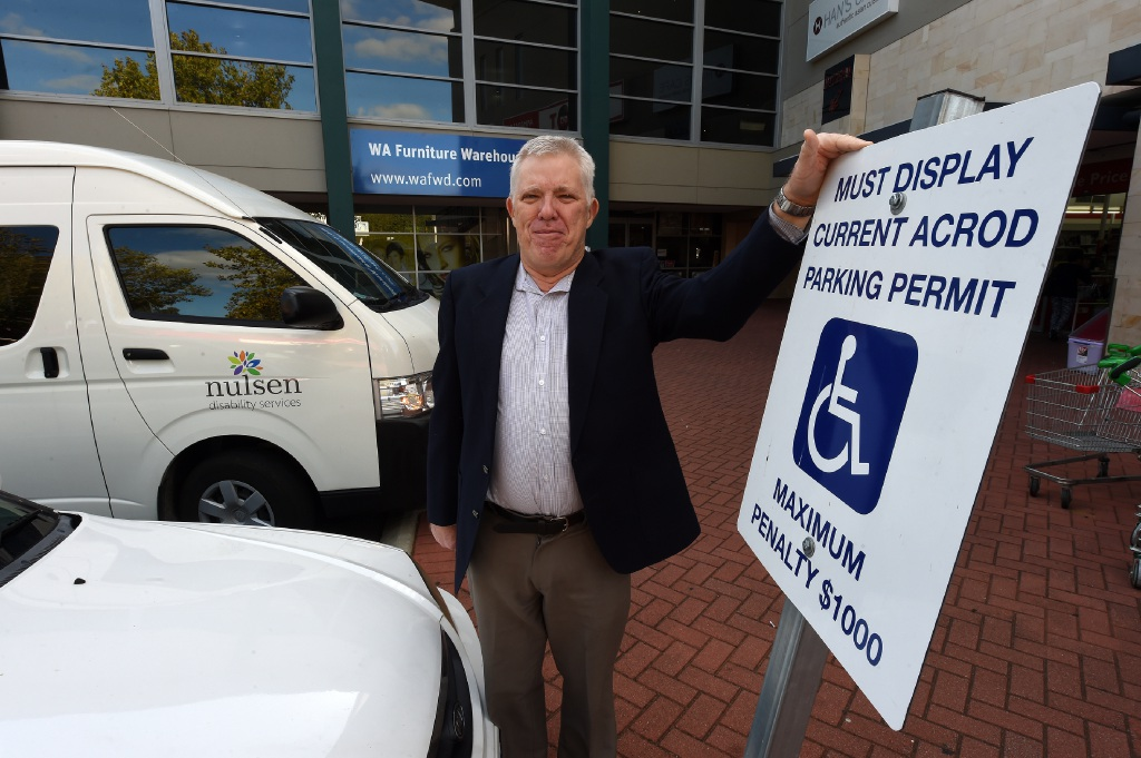 Disability parking campaigner Roy Sainsbury.  Picture: Jon Hewson         www.communitypix.com.au   d452280