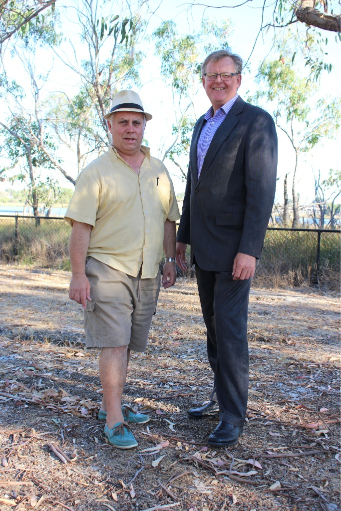 Melville Residents and Ratepayers Association president Gary Crawford and secretary Mark McLerie.