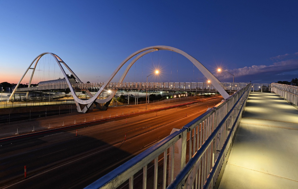 City of Mandurah finalists in awards for pedestrian bridge and Ocean Road Active Reserve