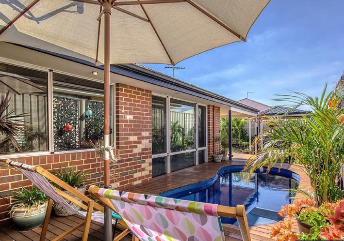 Secret Harbour, 72 Surf Drive – $459,000