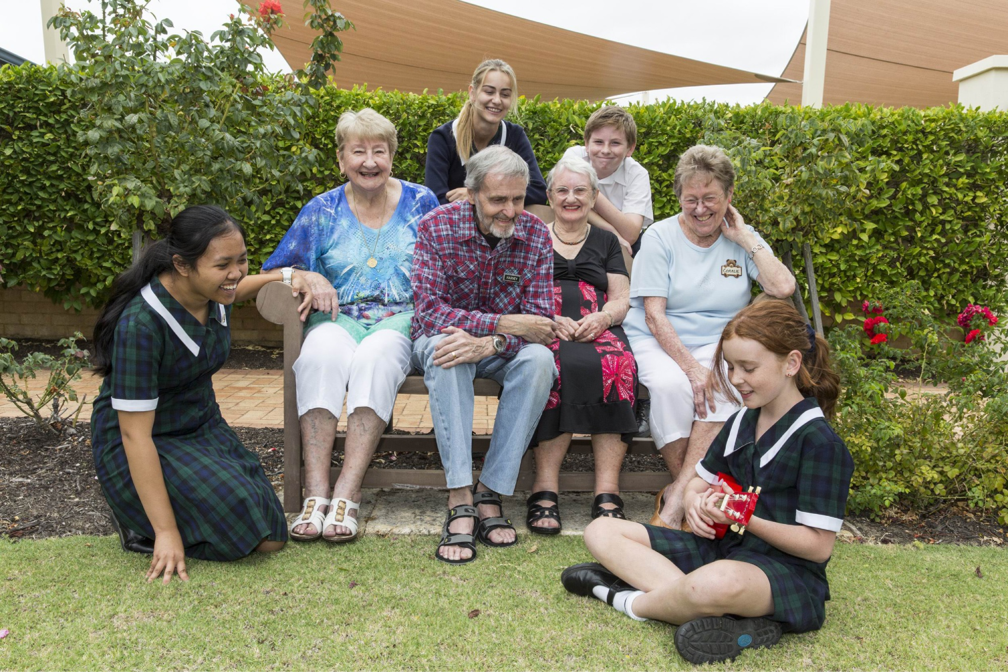 Swan Valley Anglican Community School students Celine Cee, Harley Gardiner, Mark Blay and Jasmine Shepperd with The Pines residents Careen Mitchell, Harvey Bates, Marjorie Lyon and Coralie Apps.