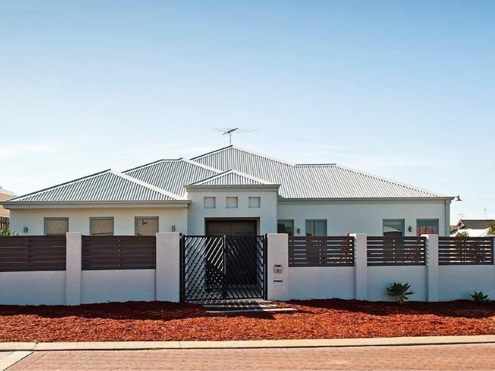 Halls Head, 15 Buttercup Parkway – From $565,000