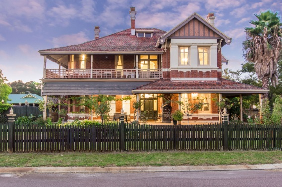Ascot, 4 Wedderburn Place – Auction
