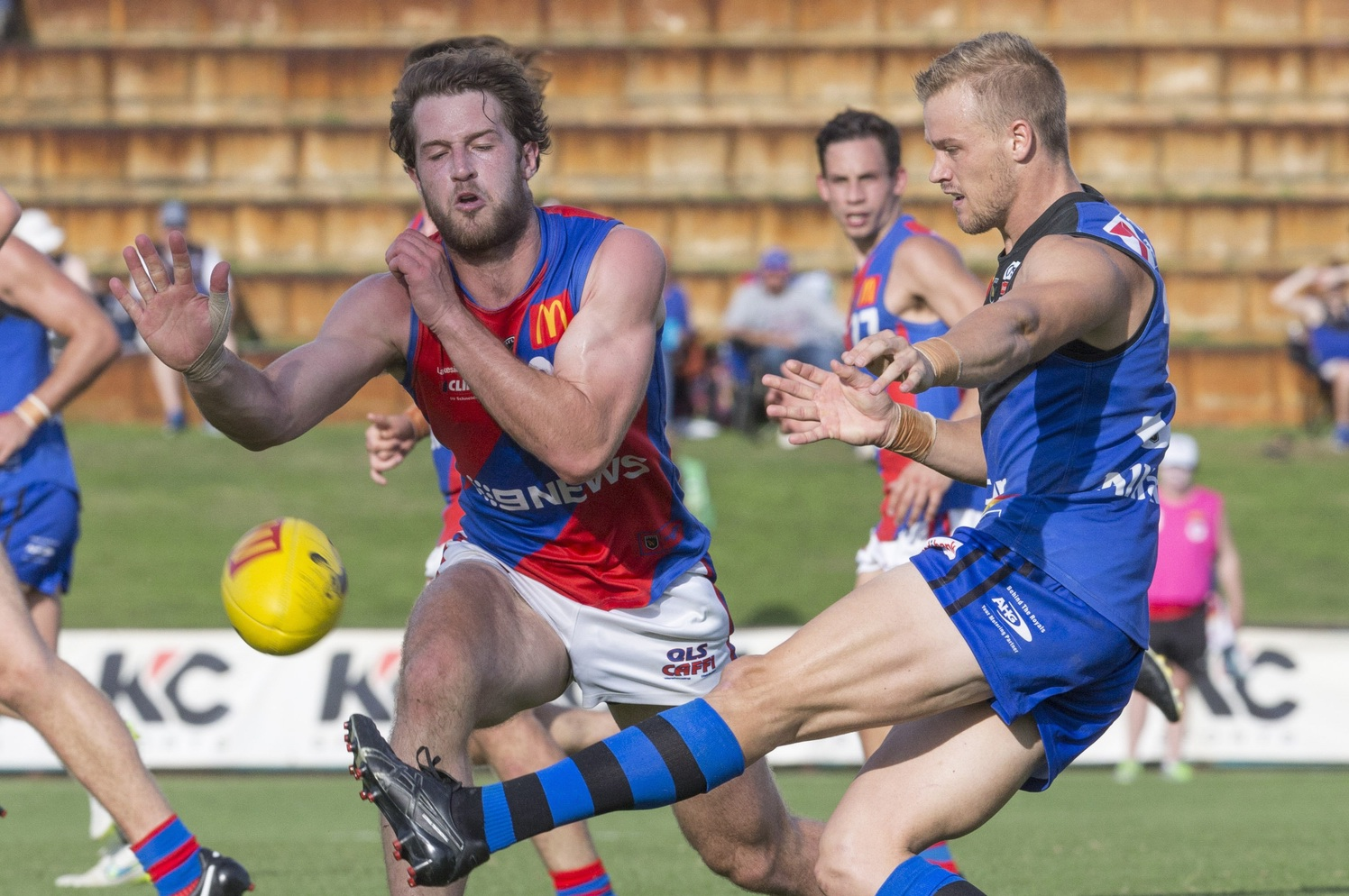 Nick Rodda attempts to smother East Perth's Corey Adamson. Picture: Dan White