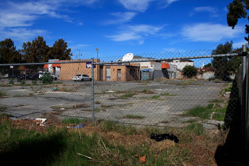 The abandoned building in Inglewood. Picture: Marie Nirme d453120