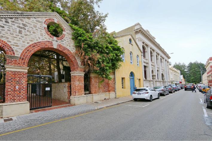 Fremantle , 2/36 Henry Street – Offers