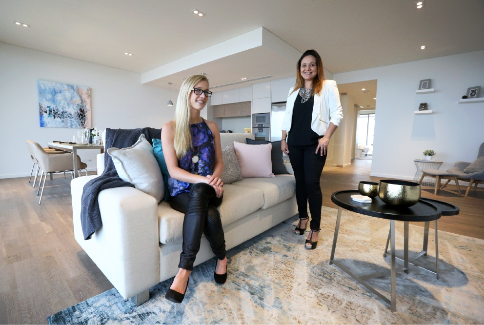 Emma Duggan and Ann Morris of Akiva Designs. Picture: Matt Jelonek                                www.communitypix.com.au     d452519