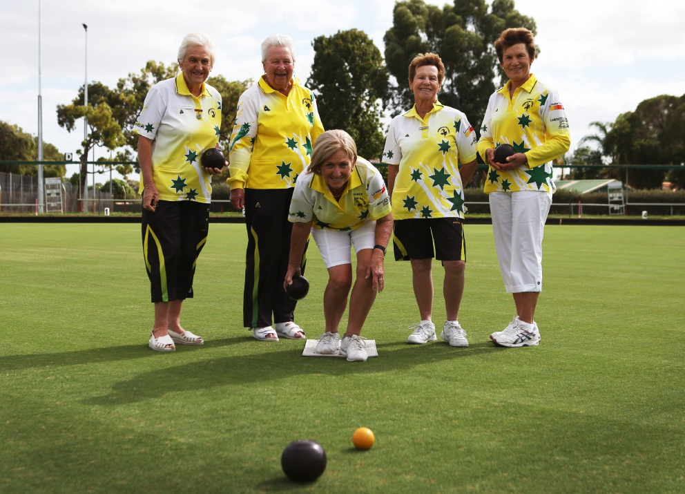 Margaret Davies, Ria Arrowsmith, Ronda Creyk, June Smith and Coral Thorn at Thornlie Bowling Club. d452200