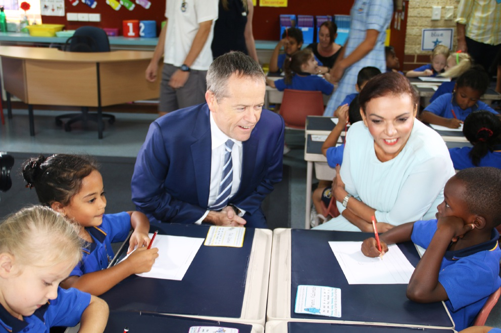 Bill Shorten and Cowan candidate Anne Aly with Mercy College students Tahlia Maltese, Tia James and Henri Kalombo.