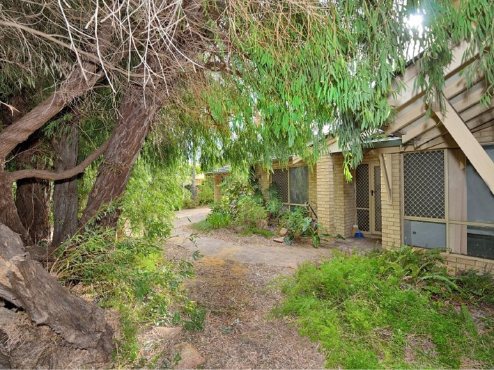 Falcon, 2-31 Mercedes Avenue – $269,000
