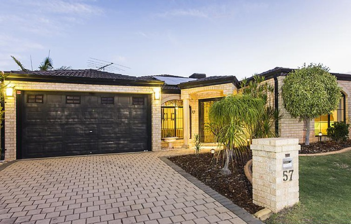 Alexander Heights, 57 Fenchurch Street – From $549,000
