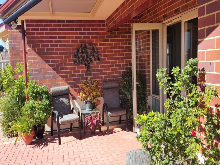 Ravenswood, 12A Gibbs Road – $399,000