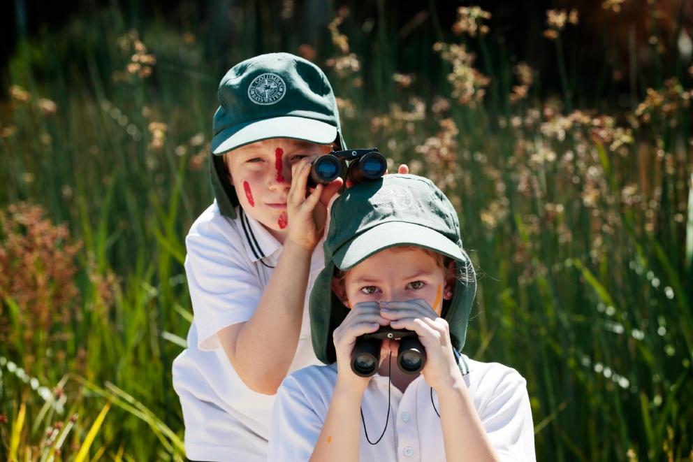 Birdwatchers Jarrod Clark and Amy Dancewicz from St Columba's Primary School. Picture: Andrew Ritchie www.communitypix.com.au   d452021