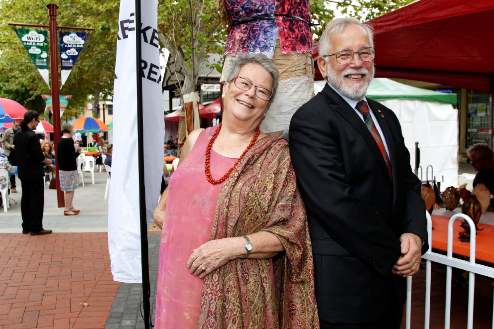 Artist Trudi Pollard with City of Armadale Mayor Henry Zelones.  Picture: Marie Nirme         d451752