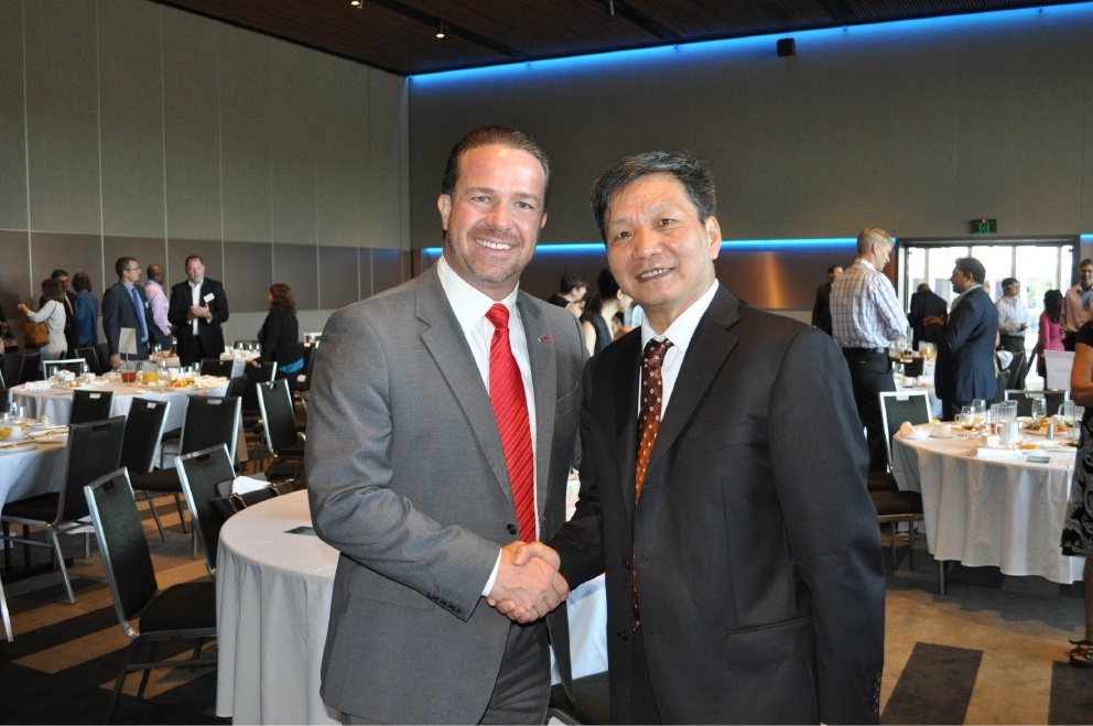Mayor Troy Pickard and Prof Liu Qinglong at a City of Joondalup business breakfast forum on opportunities  in China. Picture: J BIanchini