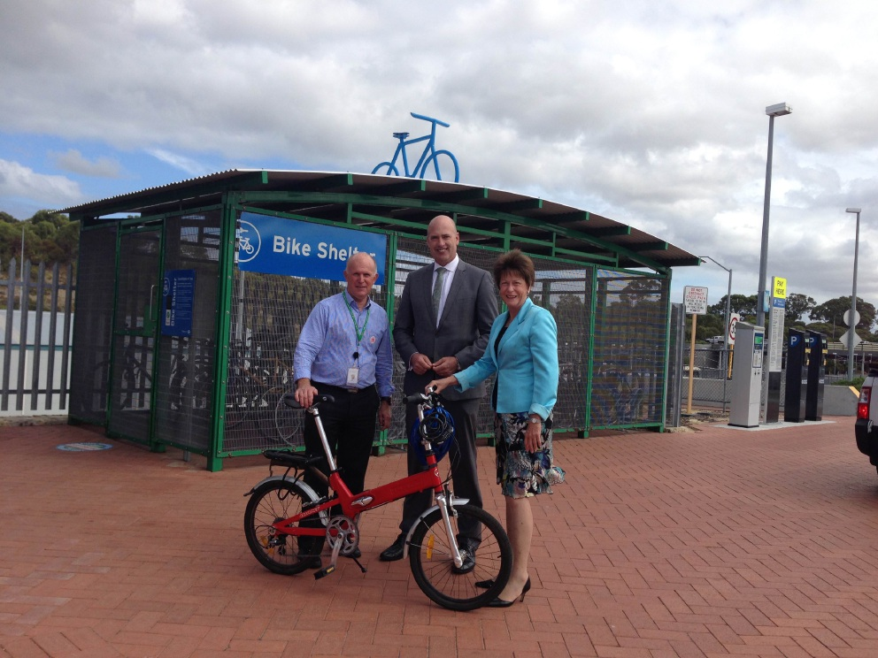 Public Transport Authority |cycling co-ordinator Jim Krynen, Transport Minister Dean Nalder and Kingsley MLA Andrea Mitchell at Greenwood train station.