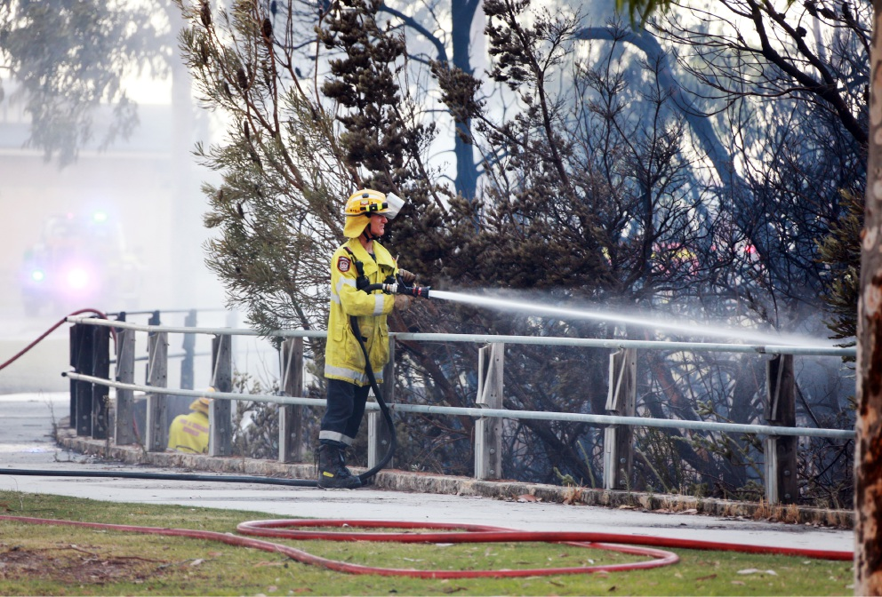 Firefighters extinguishing a blaze in Ellenbrook earlier this month. Picture: David Baylis www.communitypix.com.au   d450960