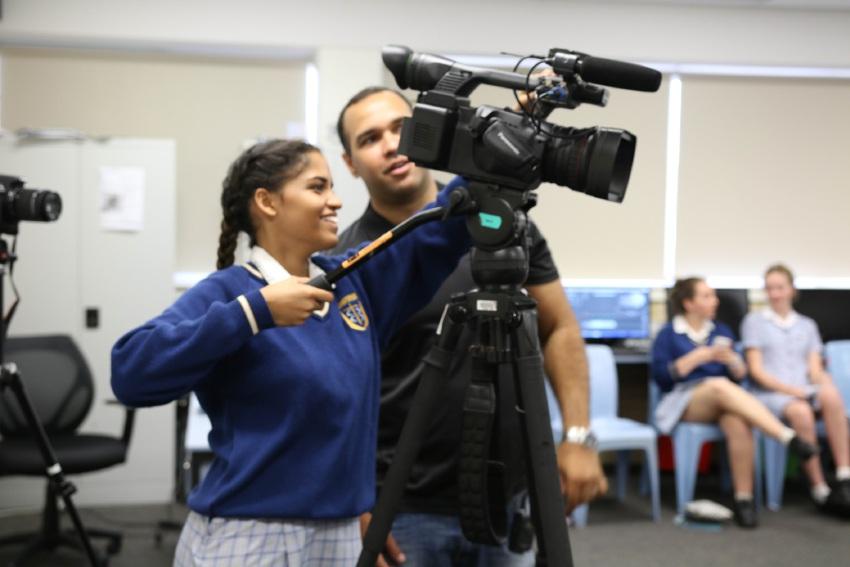 Video journalist visits Mandurah Baptist College