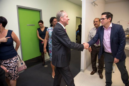 Premier Colin Barnett meets the medical team at the Midland Superclinic.