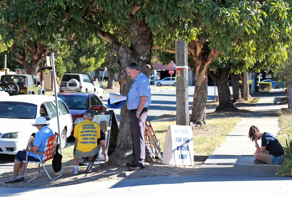 A protester outside the Marie Stopes Clinic in Midland in 2016. Picture: David Baylis        www.communitypix.com.au   d449781