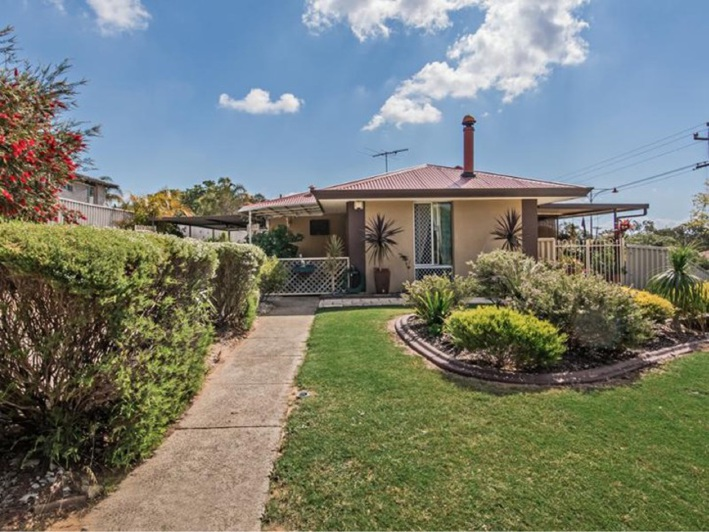 Parmelia, 44 Woodley Way – $350,000