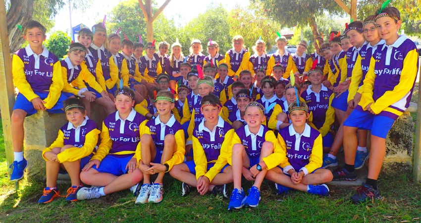 Bicton Primary School's years 5 and 6 students have raised nearly $4000 for the Cancer Council.