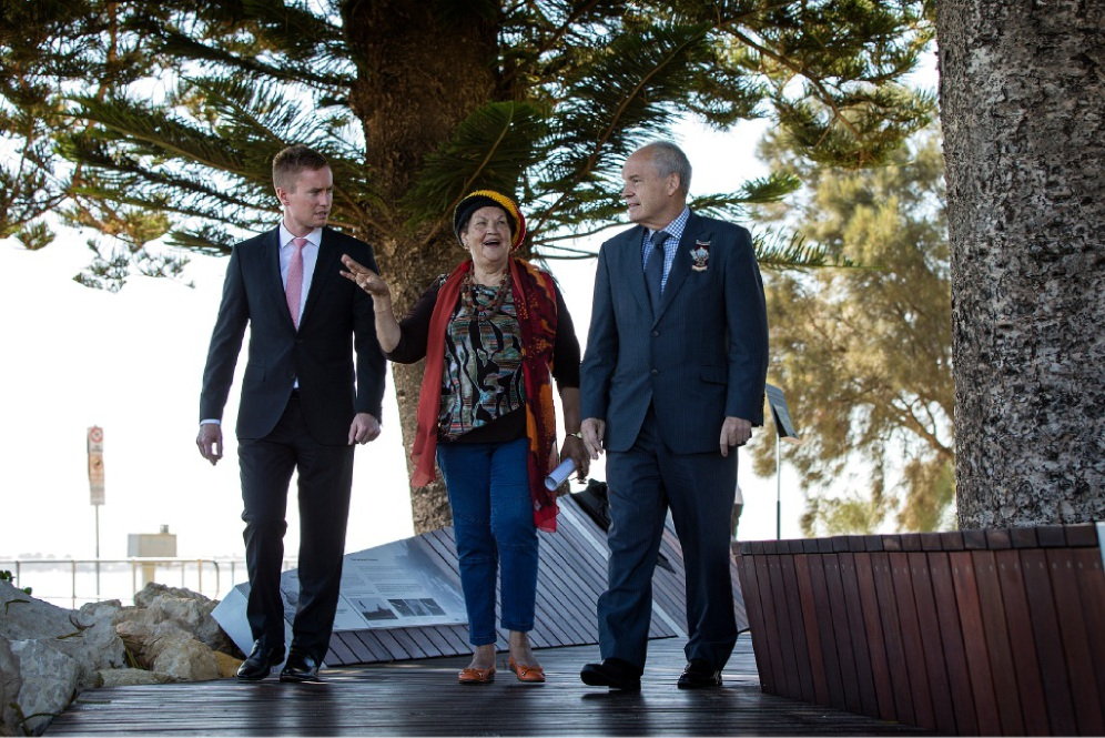 Environment Minister Albert Jacob, Whadjuk Elder Marie Taylor and City of Melville Mayor Russell Aubrey at the opening of River Journeys. Picture: Will Russell        www.communitypix.com.au   d450714