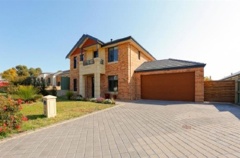 Canning Vale, 5 The Dell – From $749,000